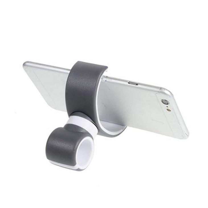 Puhelimen pidike älypuhelimille kahdella pidikkeellä, joista toiseen kiinnitetään puhelin ja tonen kiinnitetään pyörän tankoon